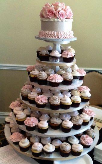 cakes unlimited wedding cake torrington ct weddingwire