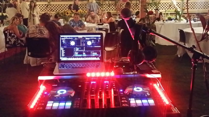DJ Ron at Gannon's lower lawn
