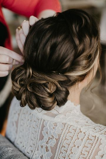 Bridal hair | Ridge and Ramble