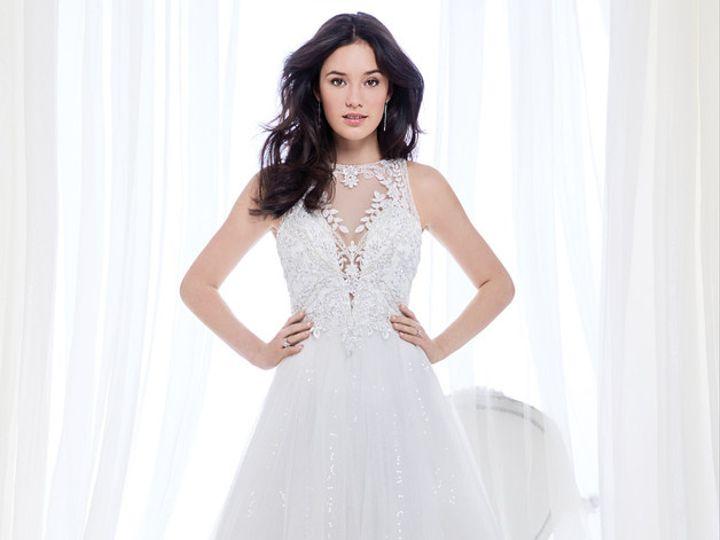 Tmx 2dfa6b 46256f01ce994495a2835bb077fba583mv2 D 1500 2000 S 2 51 1012305 Ridgetop, Tennessee wedding dress