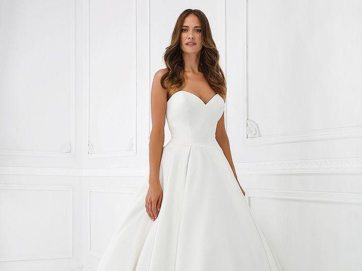 Tmx 55021 51 1012305 1555895904 Ridgetop, Tennessee wedding dress