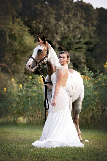 Hitched at Turkey Trac Farms - bride with horse