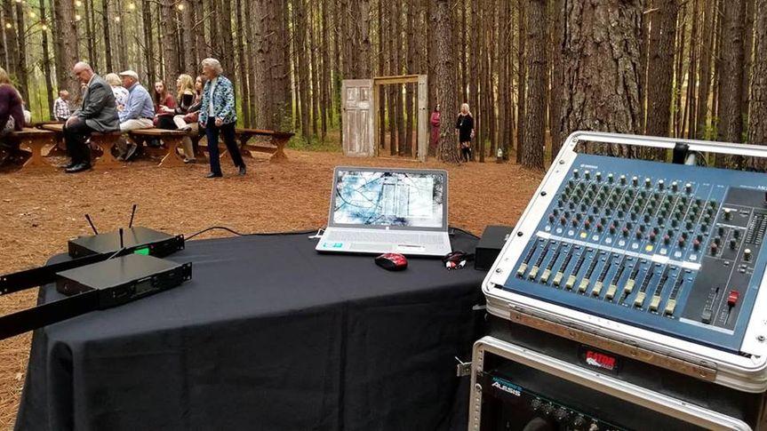 Outdoor dj booth