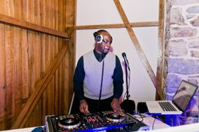 Long Life Entertainment - DJ Rob Bediako