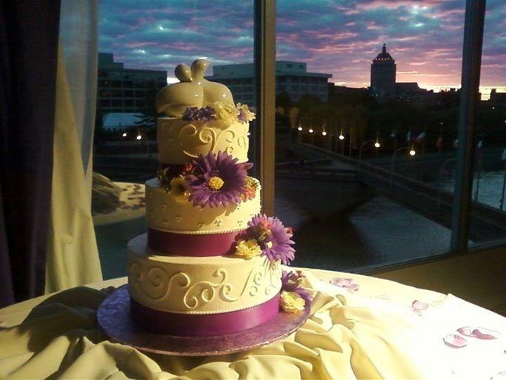 cake display by window 5 24 1