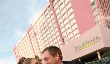 Radisson Hotel Rochester Riverside 1