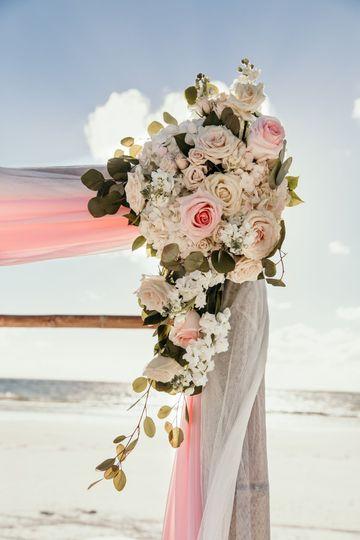 Fresh arch flowers
