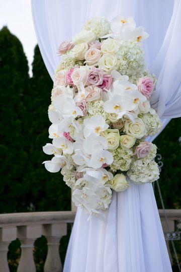 Flower arrangement decoration