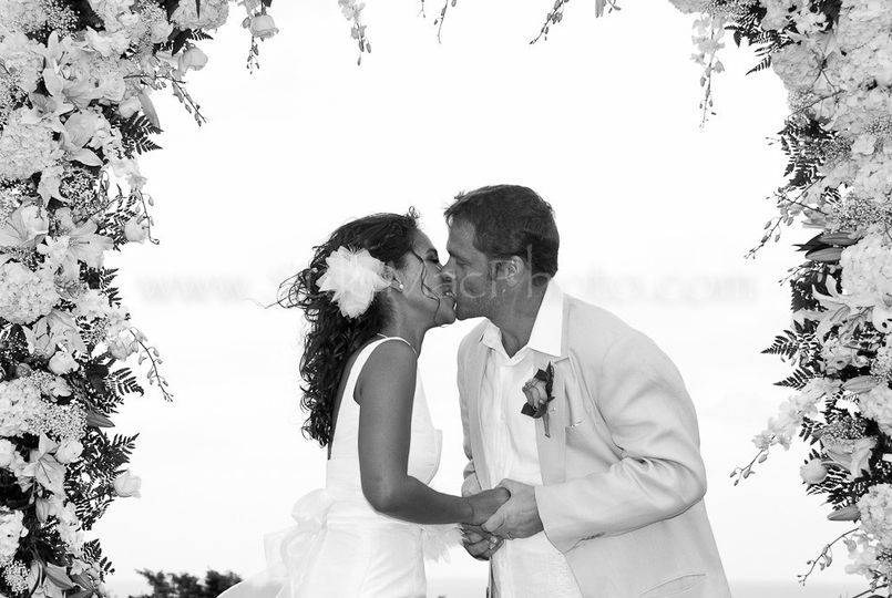 This lovely couple were wed on the world-famous White Witch golf course, in Montego Bay, Jamaica