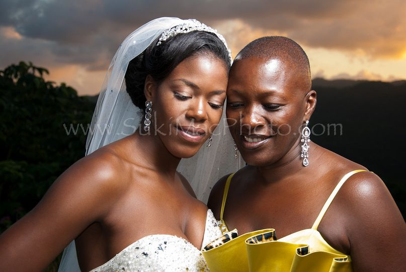 This beautiful bride and her equally gorgeous Mom were photographed at amazing Silent Waters villa...