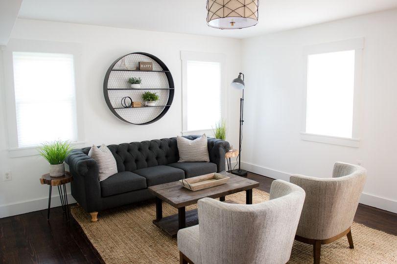 Farm House Groom Suite