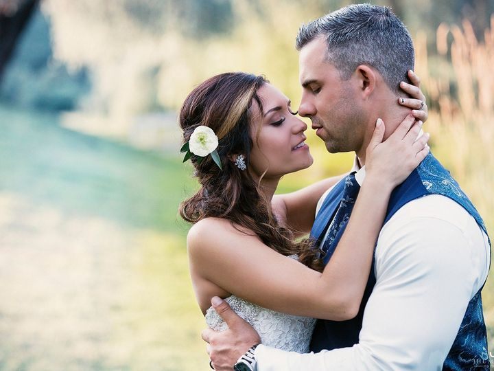 Tmx 1533736106 5676ca007d7291e1 1533736105 6528451b87052036 1533736105033 6 Wedding Wire 8 Shelton, CT wedding photography