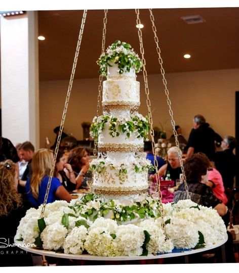 800x800 1442058302408 the cake zone wedding cake the cake zone