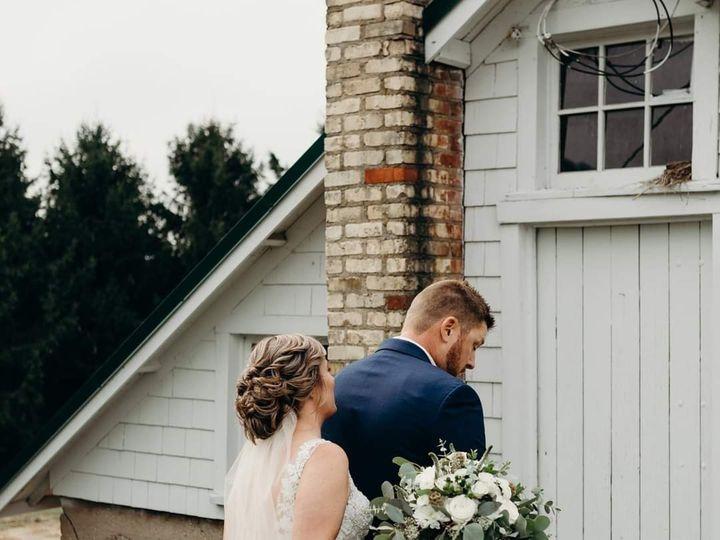 Tmx Fb Img 1601431613565 51 1991405 160166495364197 Racine, WI wedding beauty