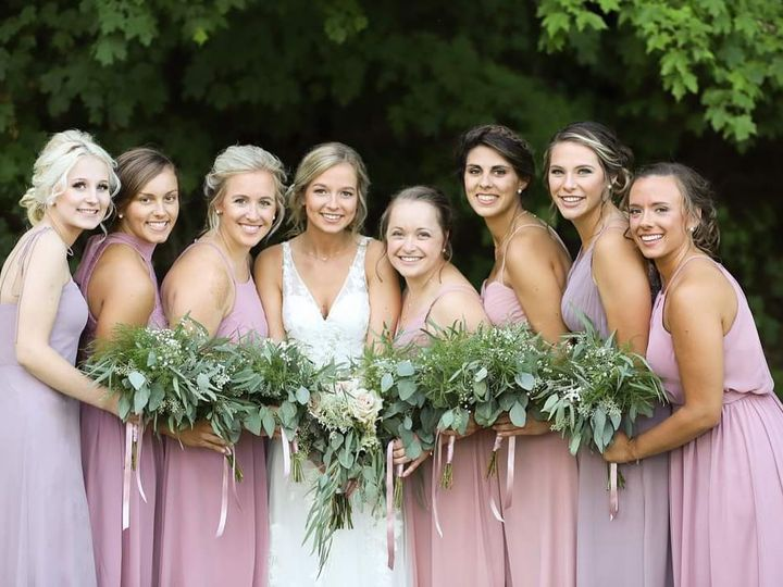 Tmx Fb Img 1601572804592 51 1991405 160166680280682 Racine, WI wedding beauty