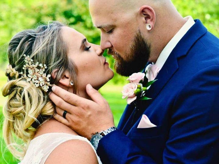Tmx Img 20201001 120043 955 51 1991405 160166490591480 Racine, WI wedding beauty