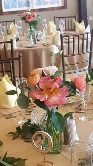 Table centerpieces and decor