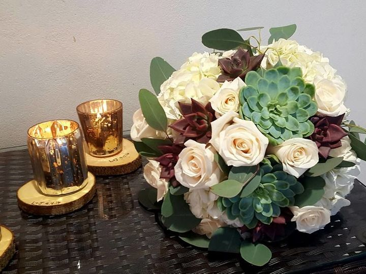 Tmx 1515274481 30b753fa4fed113b 1515274480 Af169269c4ca1e7a 1515274451679 7 Lauren New Egypt wedding florist