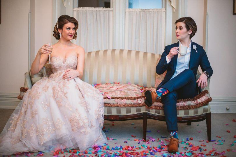 Newlyweds | Bee Too Sweet Photography
