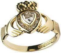 Tmx 1515953815 E047274210cfc62e 1515953814 98587296cbf2e947 1515953813773 1 18k Gold Claddagh  Boston wedding jewelry