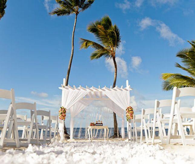 Caribbean-destination wedding