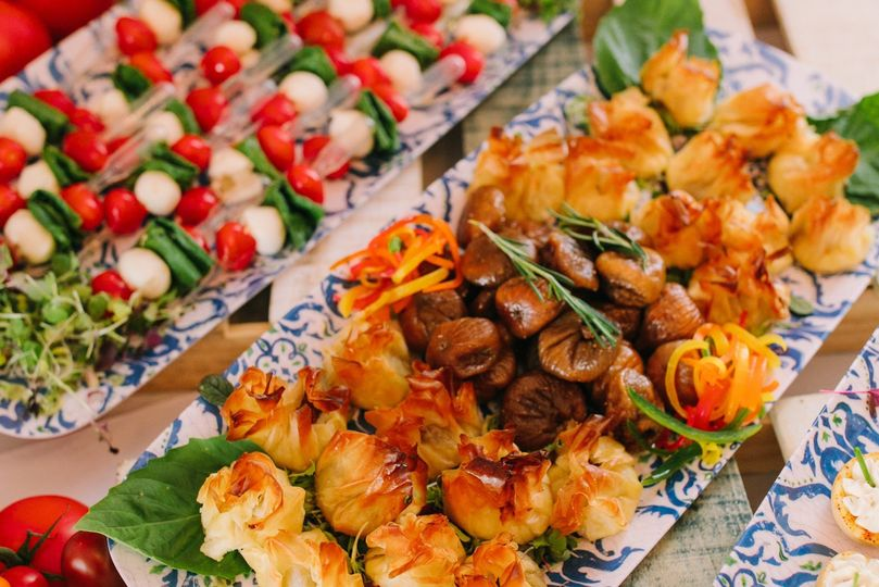 Small bites hors d'oeuvres