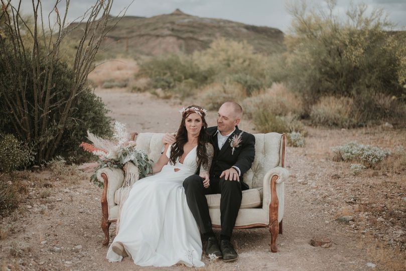 styled shoot 3 51 994405 1561407537