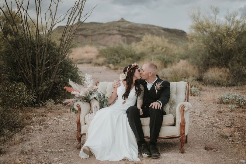 styled shoot 4 51 994405 1561407542