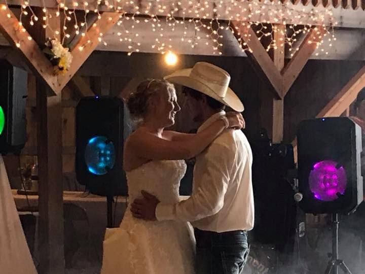 Tmx Dancing On Cloud 51 985405 Blue Earth, MN wedding dj