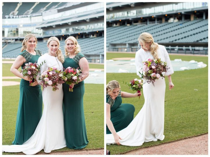 guaranteed rate field wedding 0019 51 116405 1555695970
