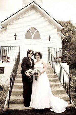 bridesinfrontofchurch