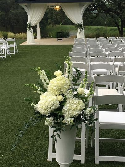 Ceremony Urn arrangement