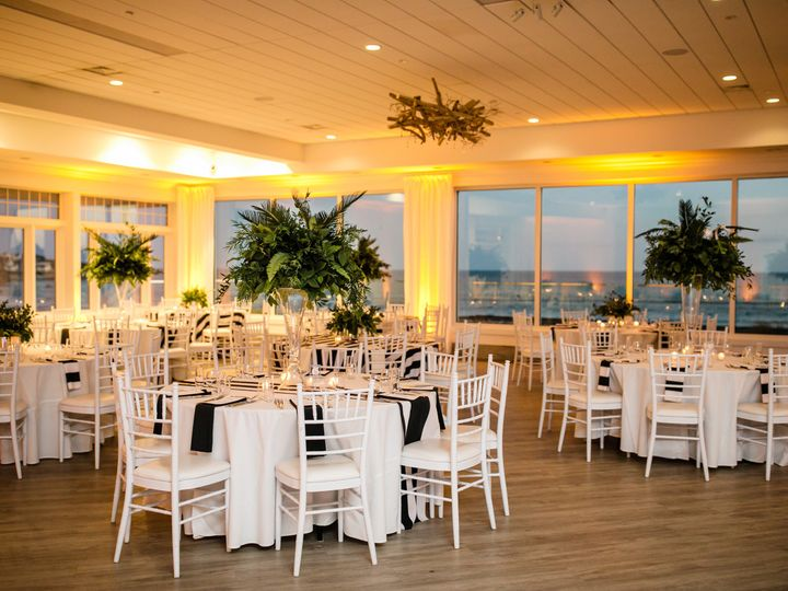 Tmx 1121 09248 Clapton Guerinni Dan Aguirre Photography 51 903505 Middletown, RI wedding venue