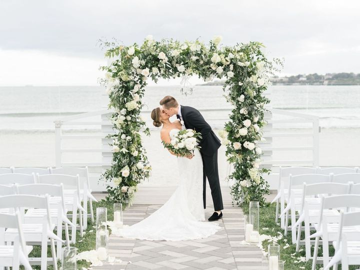 Tmx Newport Beach House Couple Kissing Under Arch Molly Anne Photography 51 903505 158464275167753 Middletown, RI wedding venue