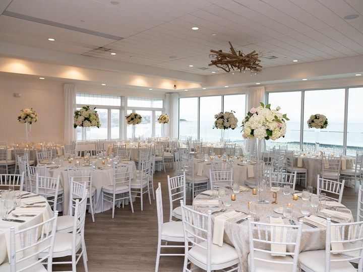 Tmx Newport Beach House Eventide With Tall White Florals Mike Neilan Media 51 903505 158464273375523 Middletown, RI wedding venue