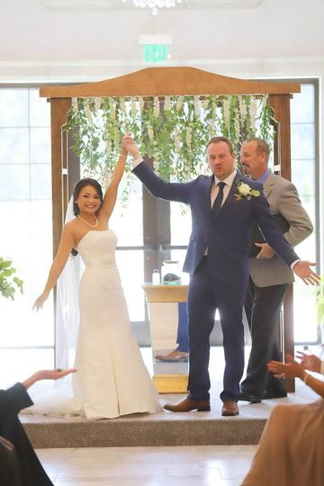 Jenn & Scott tie the knot! Yes