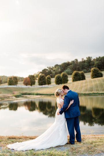 danielle defayette photography grace meadows farm wedding 1 51 773505 158118989283203