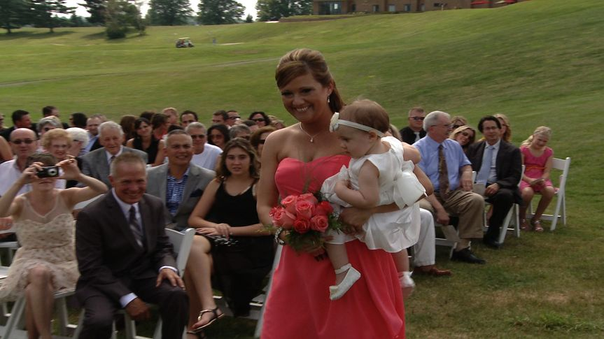 this outdoor ceremony at a country club was the perfect backdrop for Jennifer and Chad's wedding...