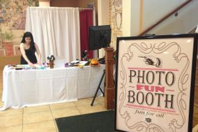 Photo-FUN-Booth by Kri8 Entertainment