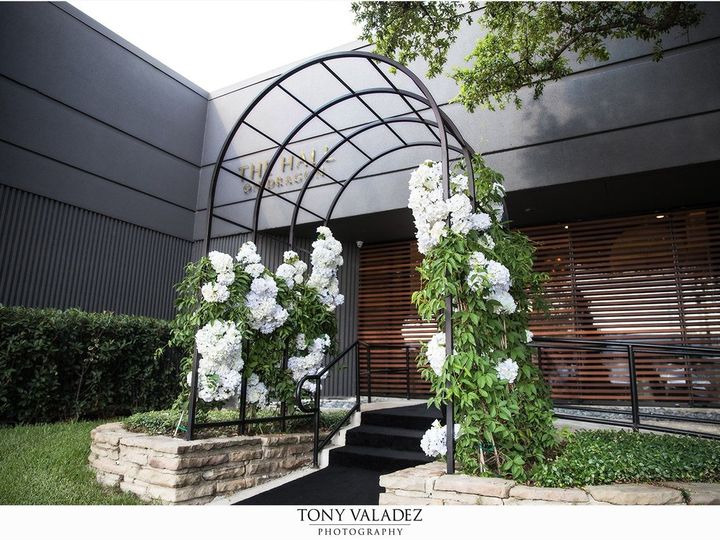 Tmx 1534261129 313876e4eea464eb 1534261127 Db7db295a95ddcde 1534261121001 18 Suite C Front Doo Dallas, TX wedding venue
