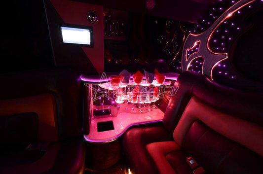 Tmx 1320375415031 Rangeroverlimousine15 Long Island City, NY wedding transportation