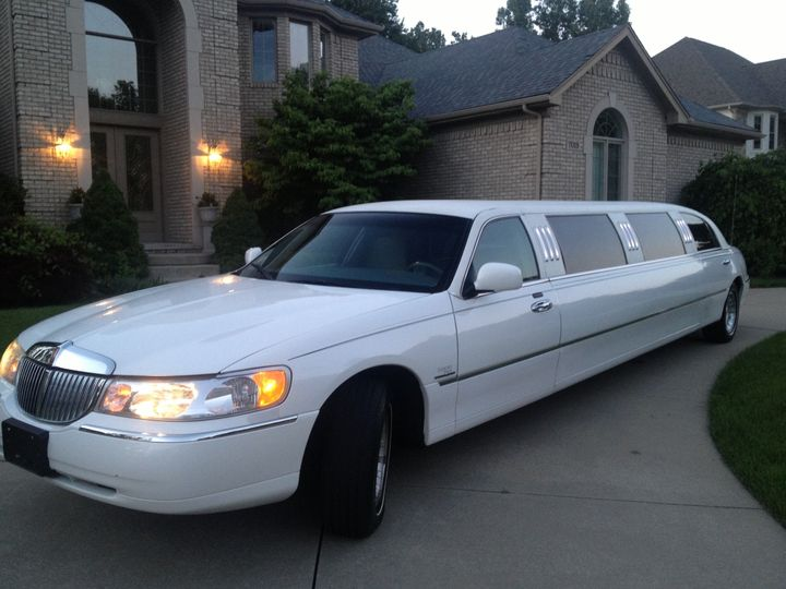 Tmx 1371578427007 Photo Utica wedding transportation