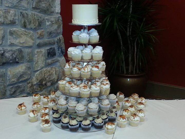 Tmx 1427506852038 2014 09 13 12.24.28   Copy Harrisburg, Pennsylvania wedding cake