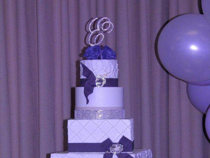 Tmx 1427583630104 Buttercreammixedtiers Harrisburg, Pennsylvania wedding cake