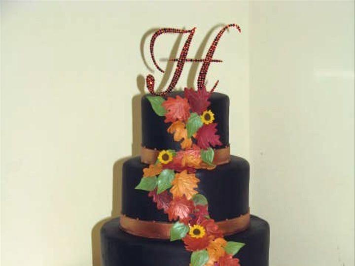 Tmx 1427662003332 Chocolatebrownwleaves Harrisburg, Pennsylvania wedding cake