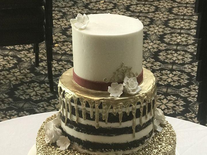 Tmx 1537541344 929a252af16d4488 1537541341 7181bbb7cb4fe4f2 1537541324590 6 2018 09 16 15.16.5 Harrisburg, Pennsylvania wedding cake