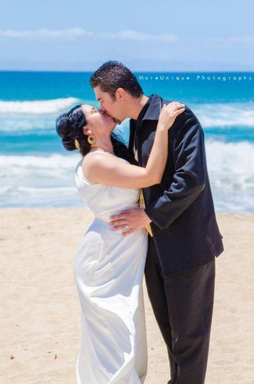 MoreUnique PhotographyBride and Groom PortraitHuntington Beach, CaliforniaMoreUniquePhotography.com