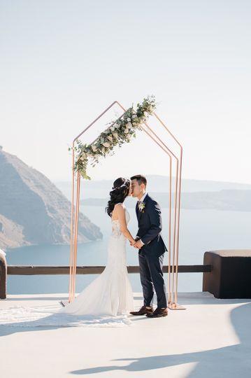 Dreamy wedding in Santorini