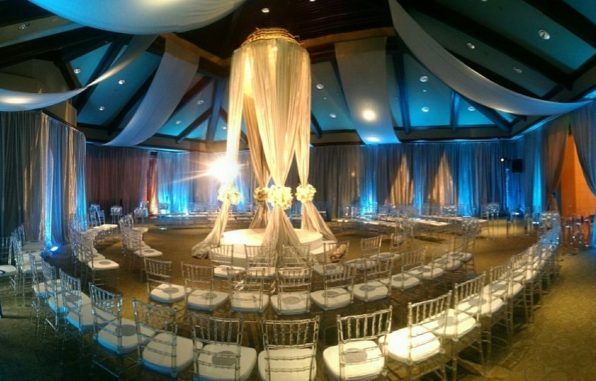 CUSTOM FLOATING CEREMONY STRUCTURE WITH CEILING FABRIC TREATMENT