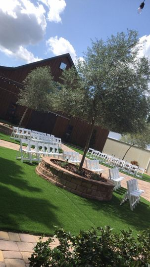 Courtyard Ceremony or Cocktail